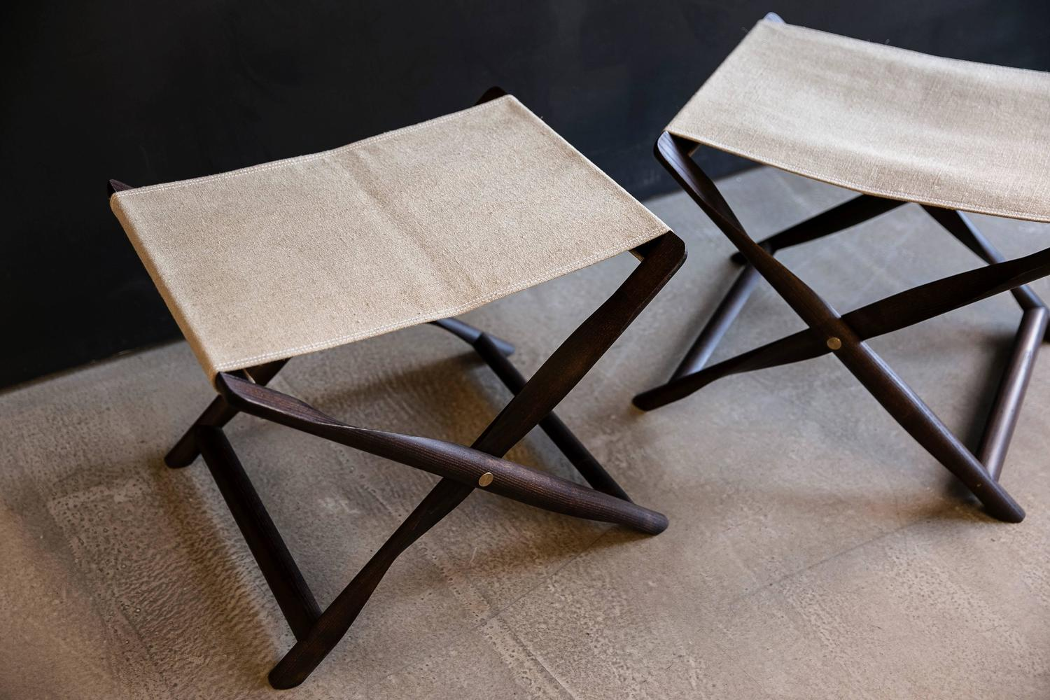 Kaare_Klint_propeller_stools_pair_in_smoked_ash_and_natural_linen_02_z